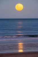 Moonrise, Kemp Beach, Yeppoon