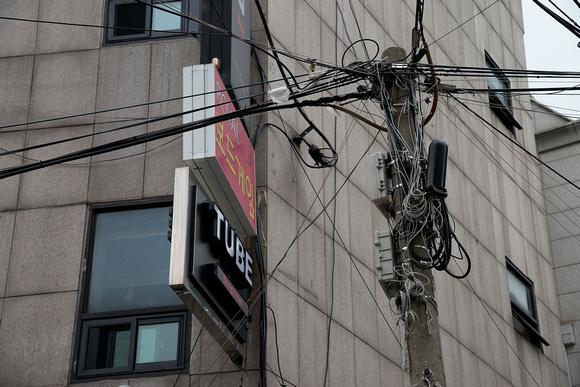Cabling in Gangnam