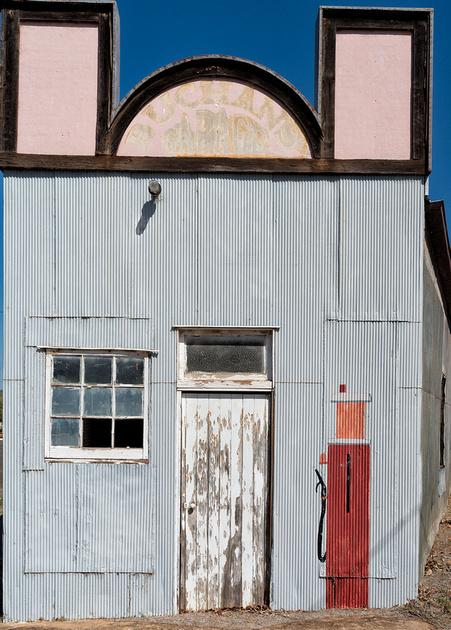 Old Garage, Augathella