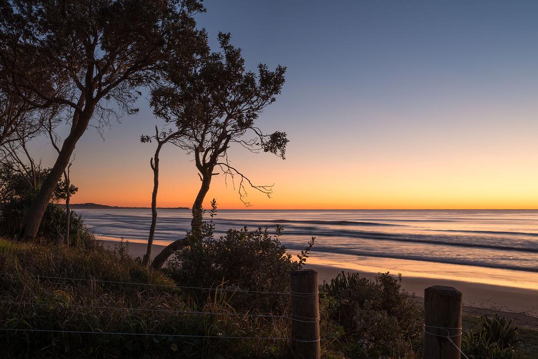 Illaroo Beach before sunrise